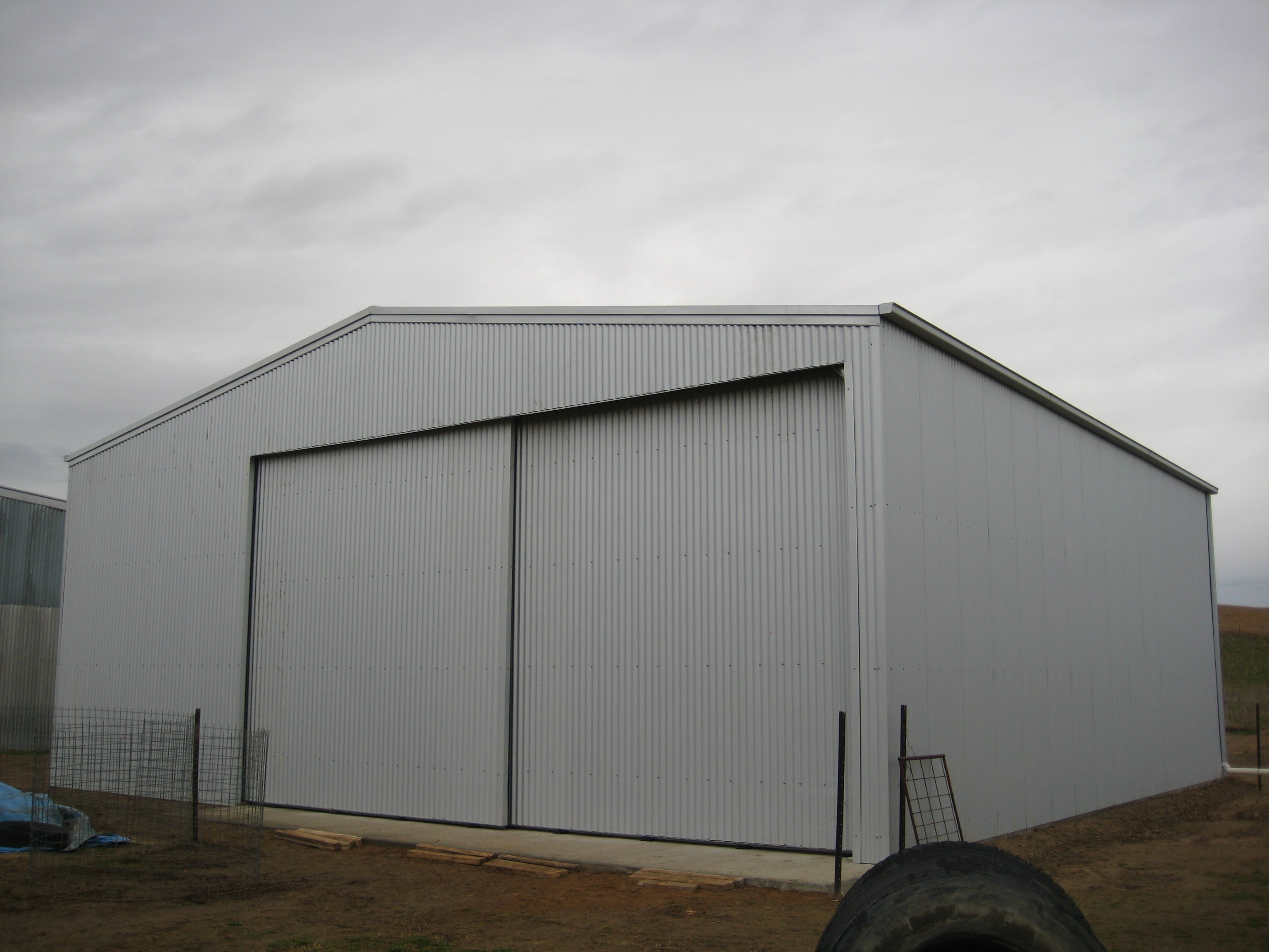 Farm Shed Sliding Doors3072 X 2304