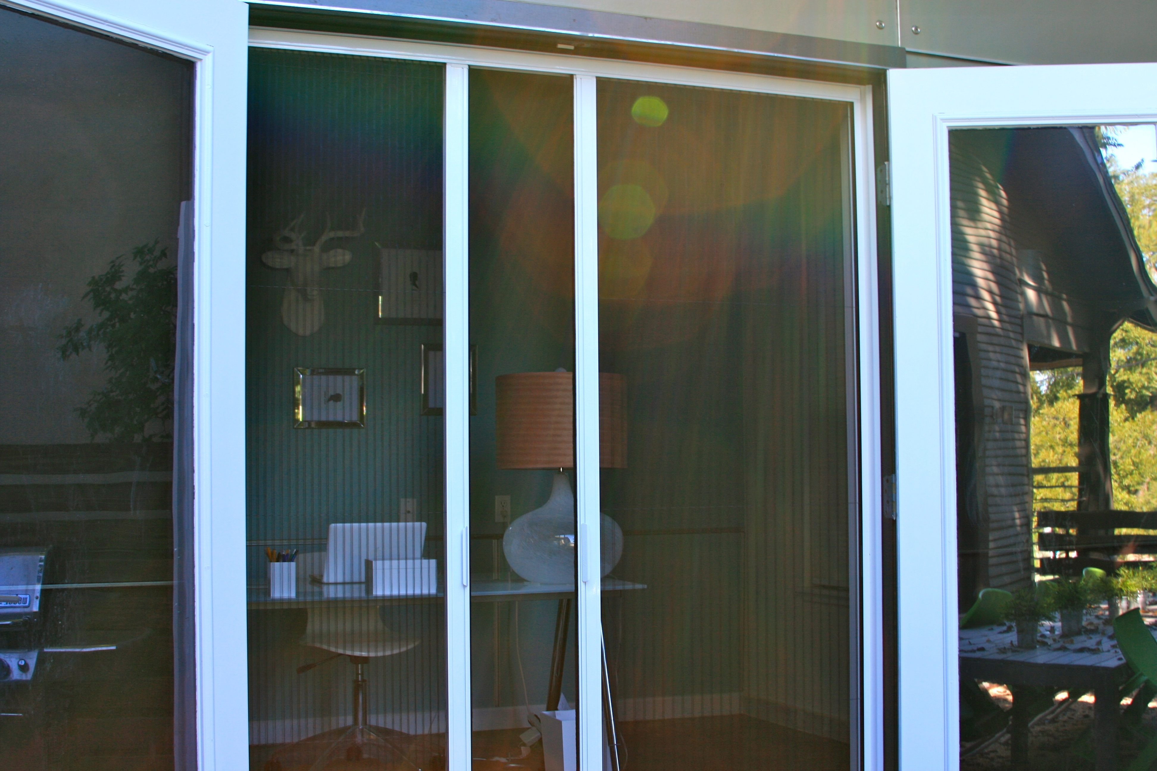 Sliding Patio Door With Screen On The Inside
