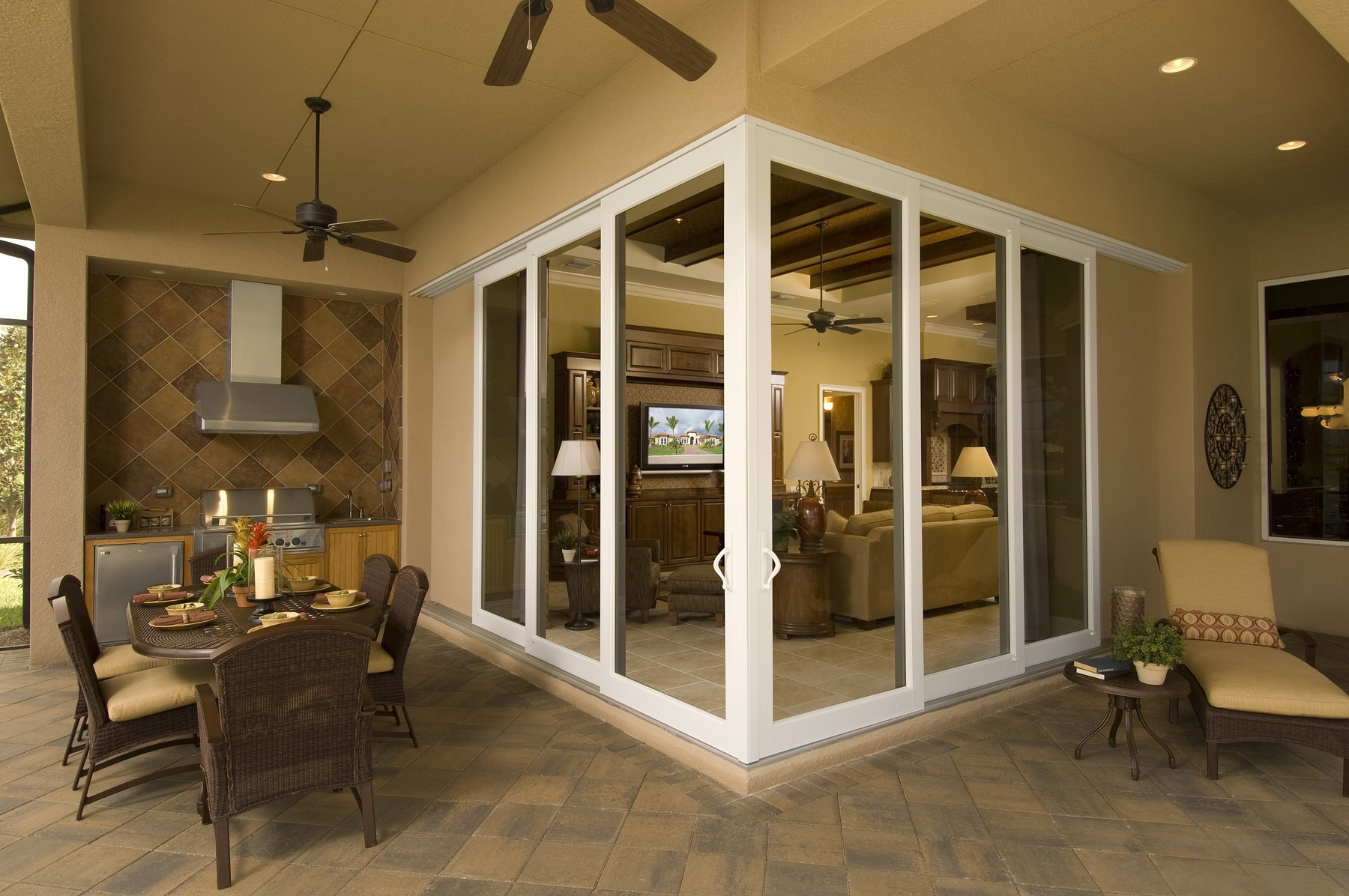 Corner Meet Sliding Glass Doors1800 X 1196