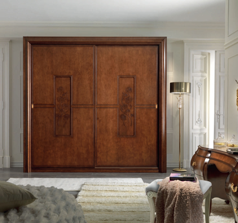 Interior Wooden Sliding Closet Doors