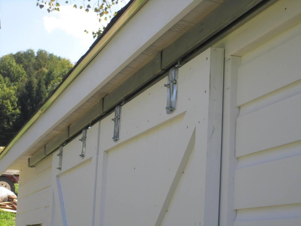 Outside Sliding Barn Door Hardware