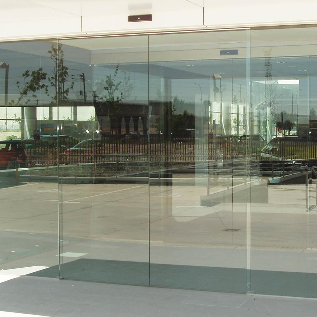 Dorma Frameless Glass Sliding Doors