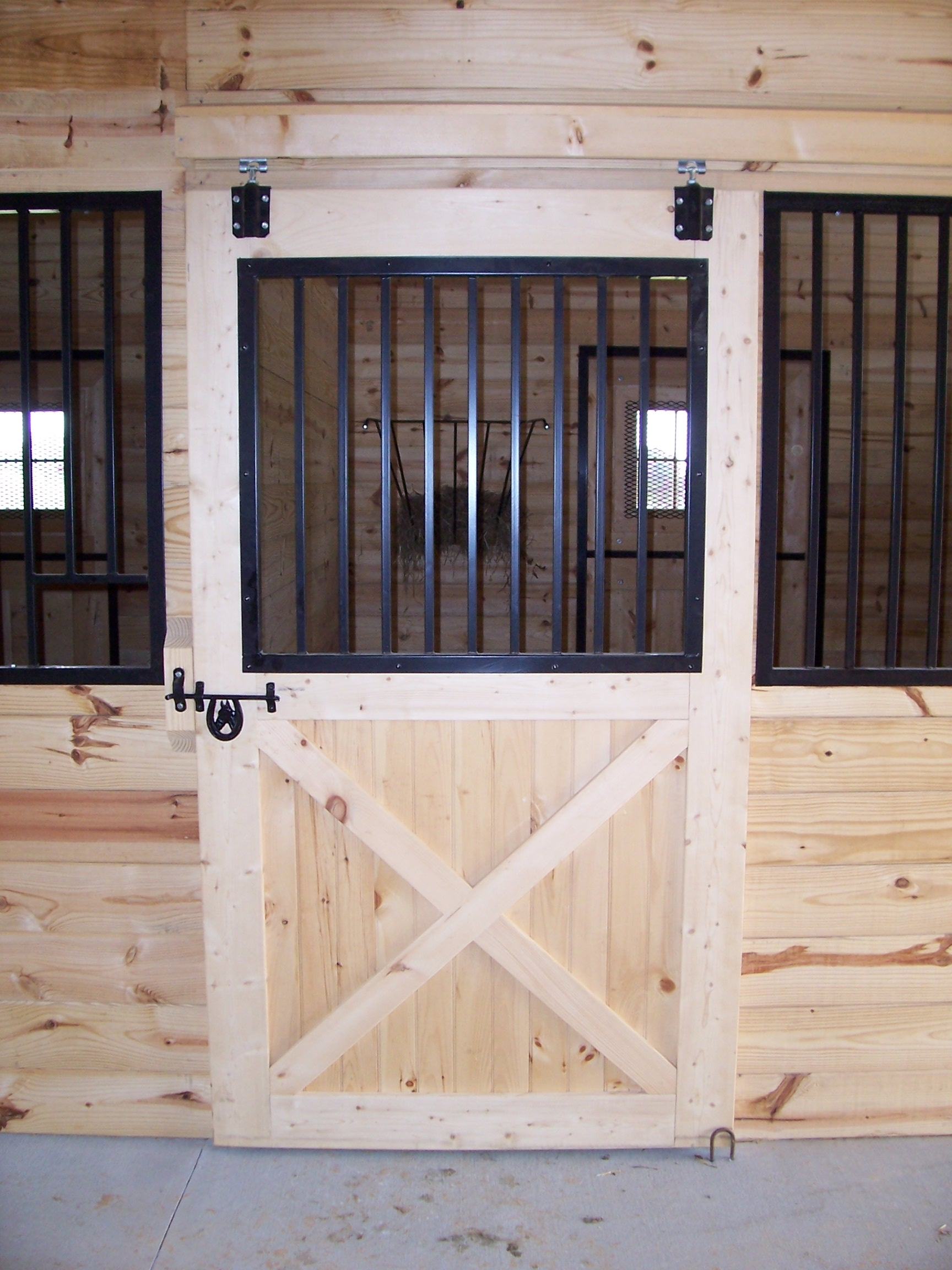 Sliding Horse Stall Door Hardware