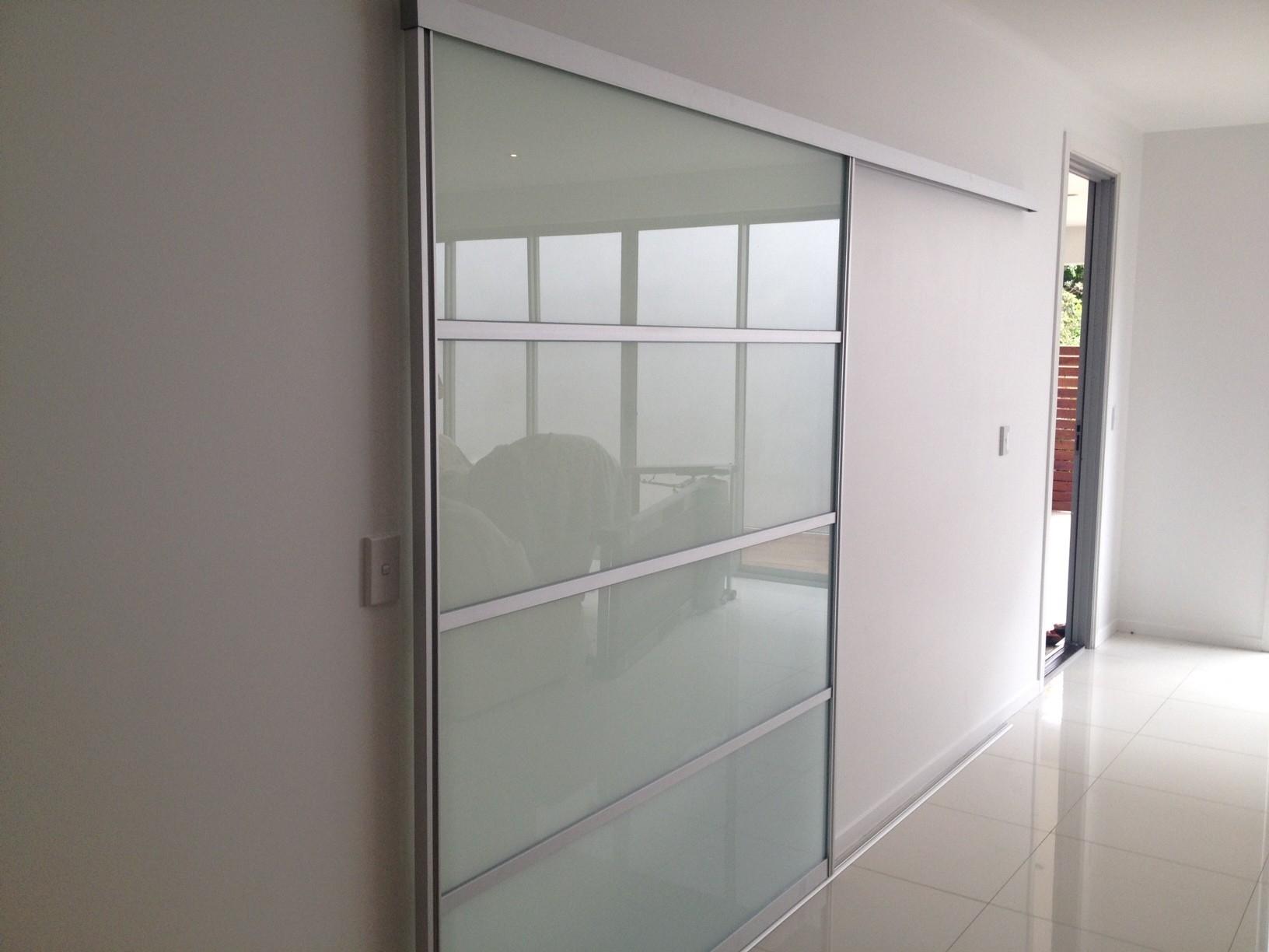 Ceiling Mounted Sliding Glass Door