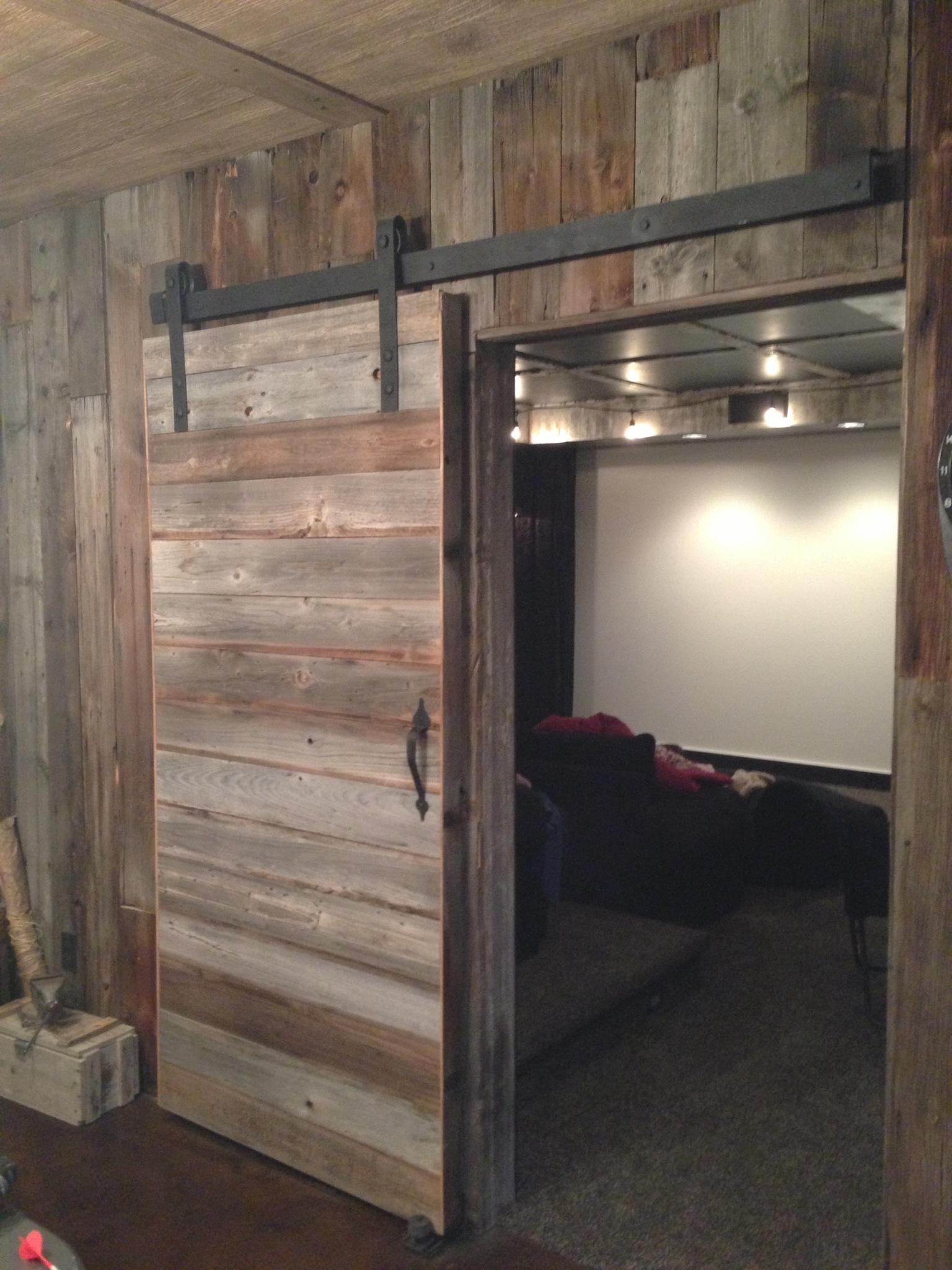 Interior Sliding Barn Wood Door1536 X 2048