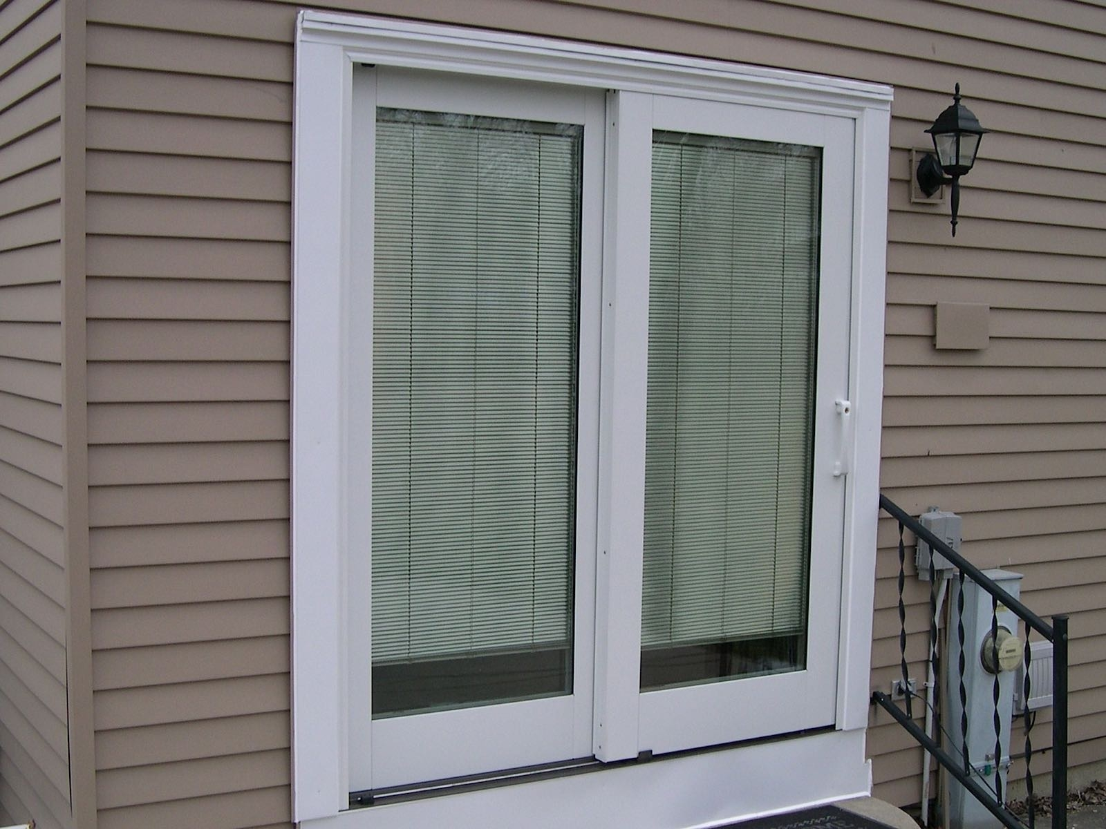 Pella Wood Sliding Patio Door With Blinds