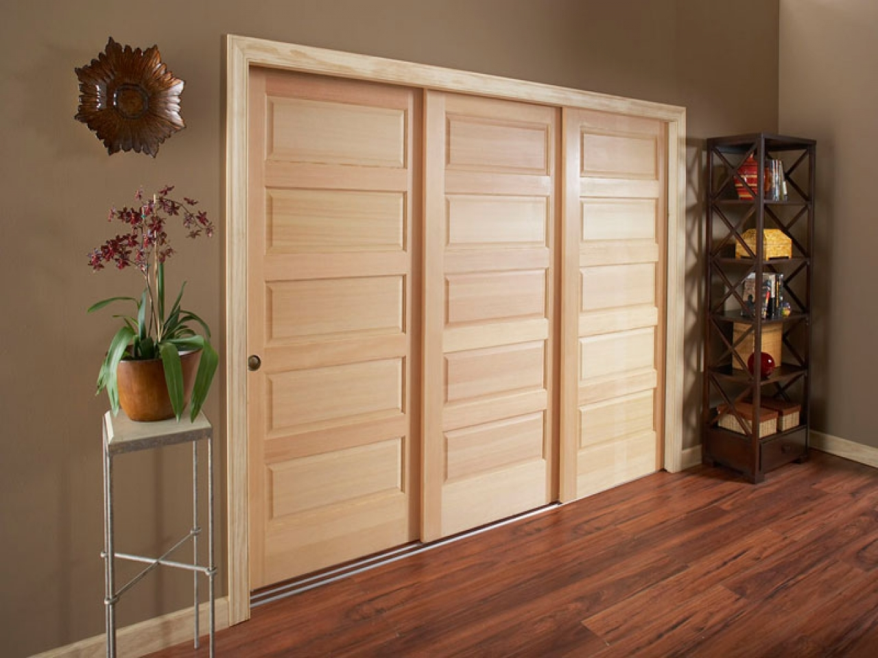 Triple Byp Sliding Closet Doorswooden P Door Hardware Cabinet Room