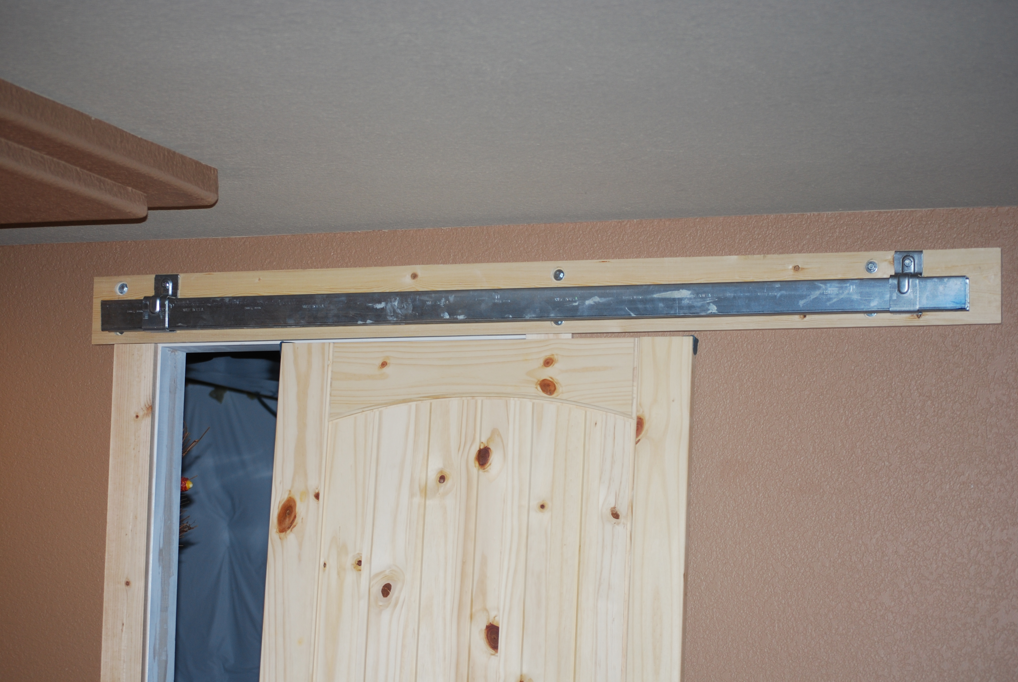 Wall Mounted Sliding Door KitWall Mounted Sliding Door Kit