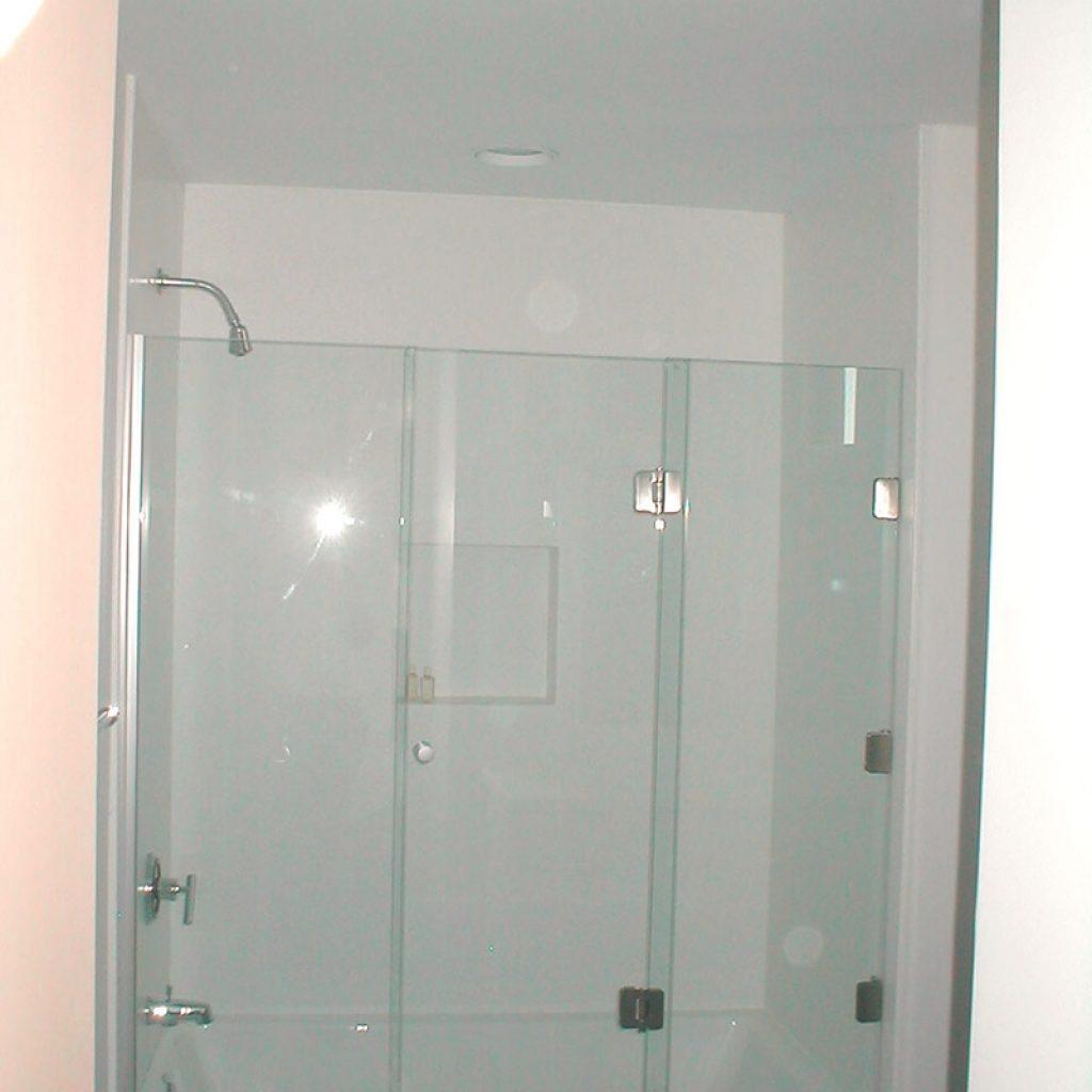 3 Panel Frameless Sliding Shower Door800 X 1067
