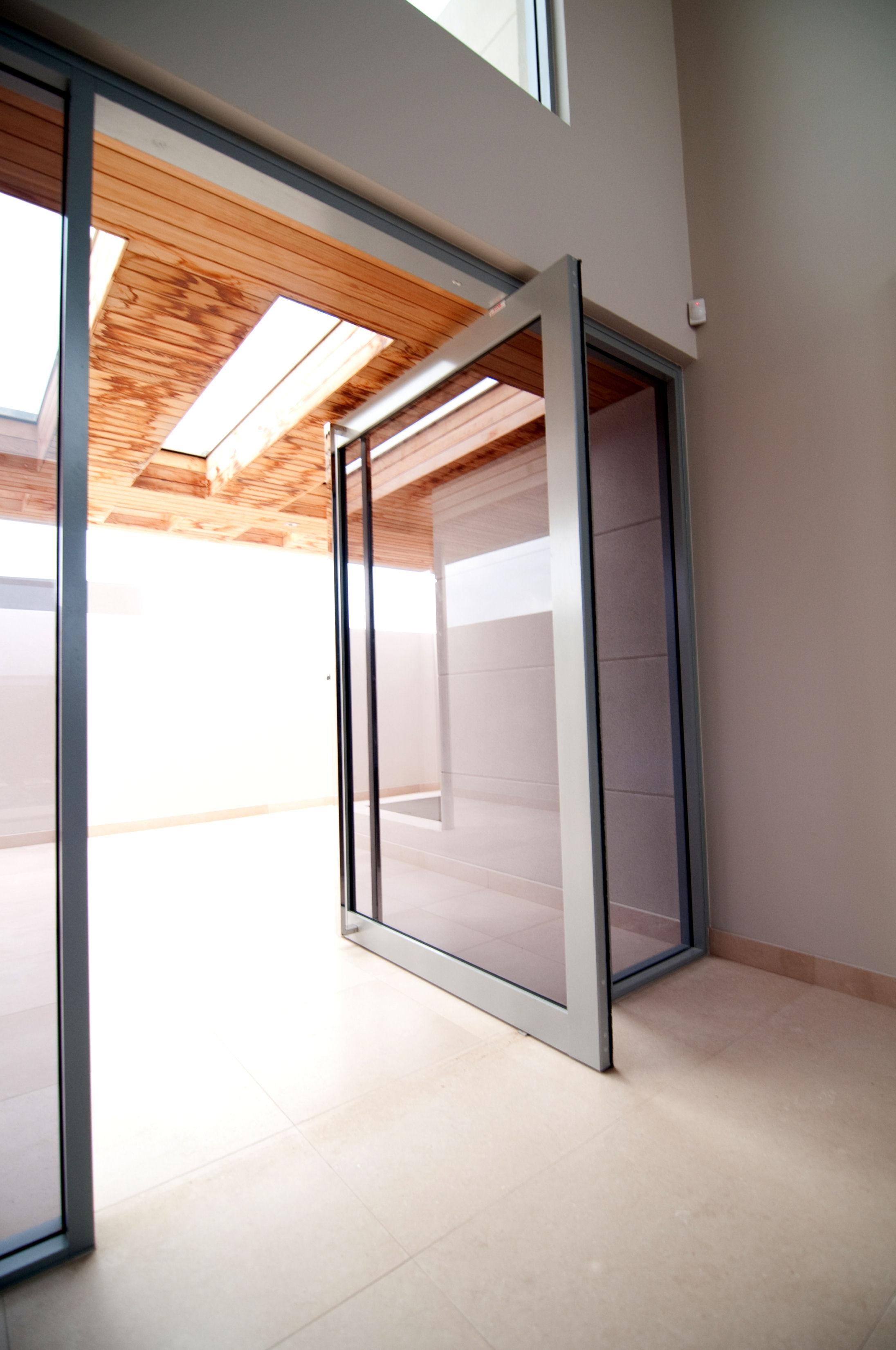 Center Pivot Sliding Glass DoorsCenter Pivot Sliding Glass Doors