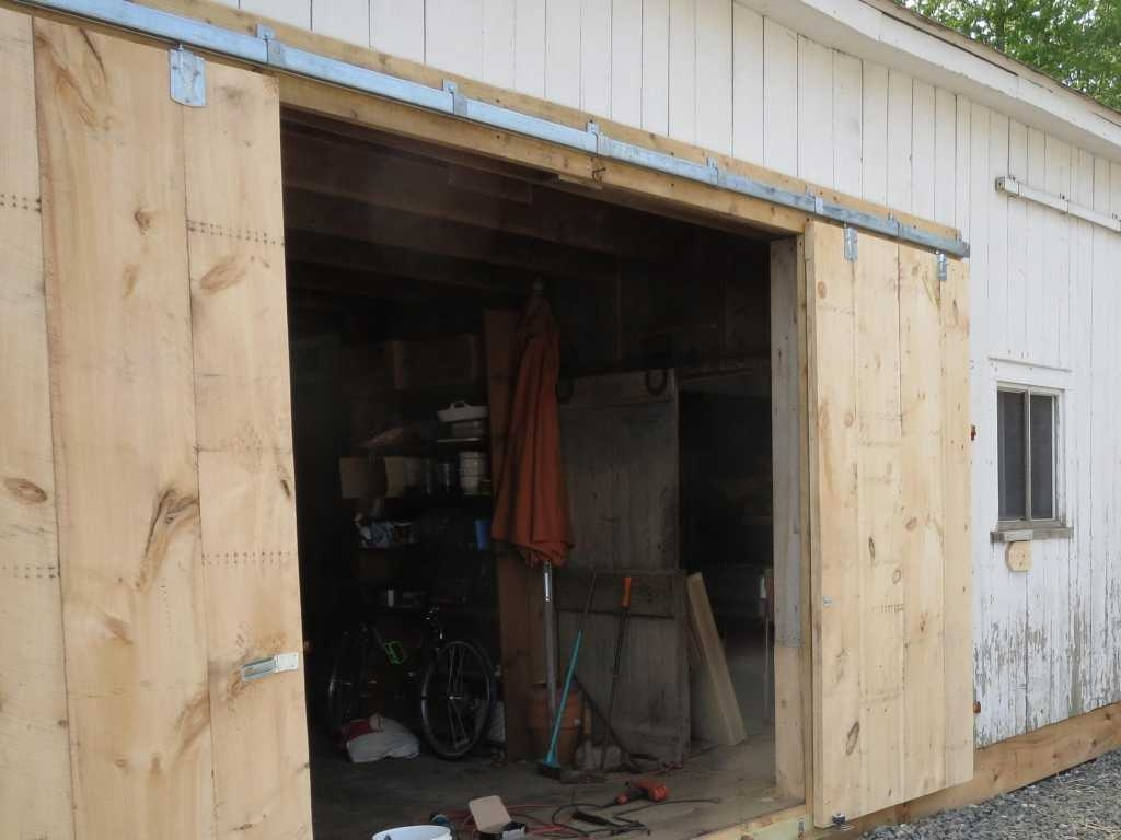 Sliding Barn Doors Exteriorbuild exterior sliding barn doors exterior sliding barn doors
